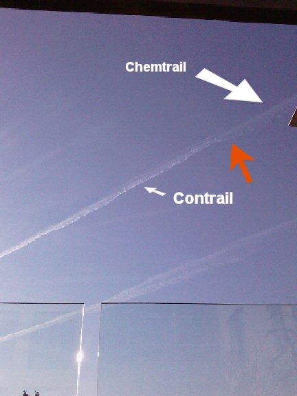 Chemtrails over London Heathrow - April 2010